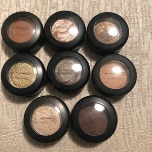 8 MAC Eyeshadows